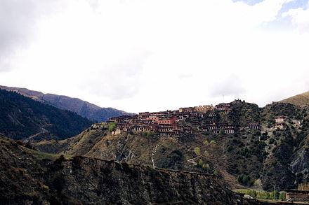 Kloster Dzongsar.