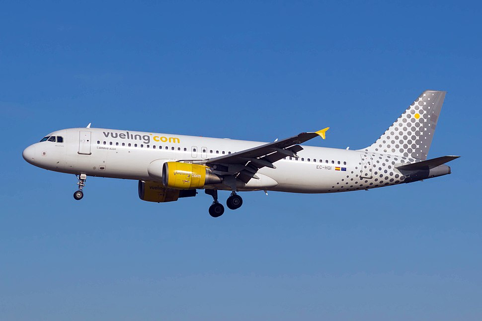 EC-HQI A320 Vueling BCN