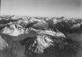 ETH-BIB-Davoser und Engadiner Berge, Blick nach Südosten auf Piz Kesch-LBS H1-018054.tif