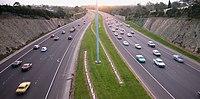 Eastern Freeway Belford St.jpg