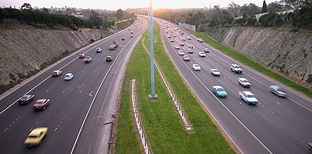 The Eastern Freeway, Melbourne. Facing inbound. Eastern Freeway Belford St.jpg