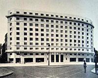 Hoy es un grán día 200px-Edificio_YPF_1938
