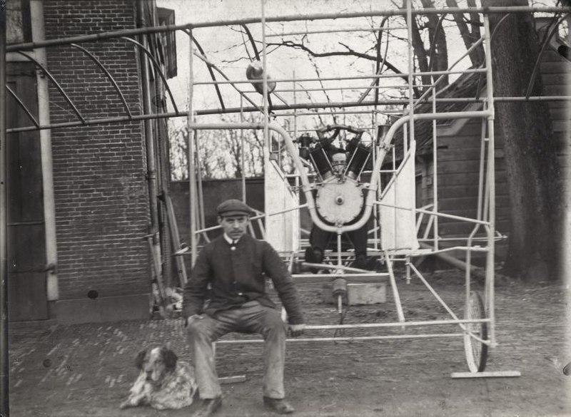 File:Eerste Nederlandse vliegtuig First Dutch airplane.jpg