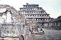 El Tajin Pyramid of the Niches (15867649383).jpg