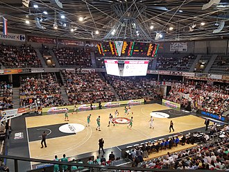 2015–16 FIBA Europe Cup - Image: Elan Chalon Elan Béarnais 17