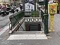 Entrée Station Métro Charonne Paris 2.jpg