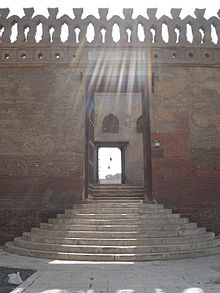 Entrance Sunlight Mosque Ibn Tulun.jpg