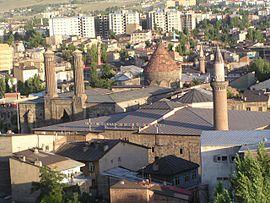 Gatchina: nüfus, alan, şehir geçmişi, coğrafi konumu 35