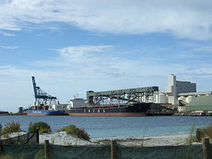 Esperance, Western Australia - Grain loading at Esperance Port