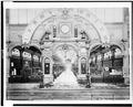 Exp. universelle de 1889 - Galerie des industries diverses, porte d'entrée de la classe 26 LCCN90709860.tif