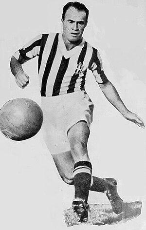Giovanni Ferrari - Image: FBC Juventus 1930s Giovanni Ferrari