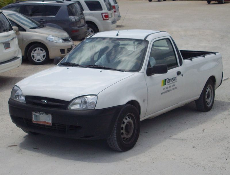 Ford Courier Dimasur.JPG