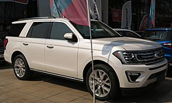 Ford Expedition Limited 3.5 EcoBoost 2019.jpg