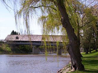 Cass River (Michigan) - Covered bridge over the Cass River at Frankenmuth