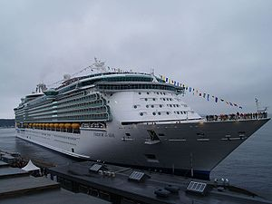 Freedom-class cruise ship - Image: Freedom of the Seas Oslo 26 april 2006