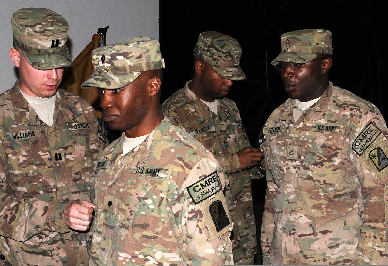 File:From left, U S  Army Capt  Weston Williams, the company