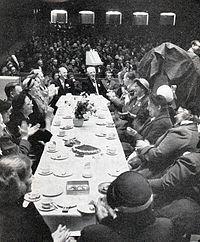 Karlaplan-1studien i april 1950.