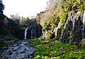 Fujinomiya Shiraito-Wasserfall 07.jpg