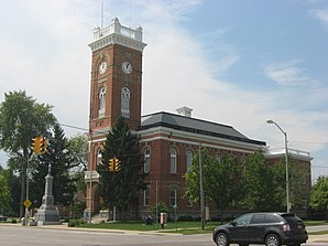 Fulton County Courthouse in Wauseon, gelistet im NRHP mit der Nr. 73001447[1]
