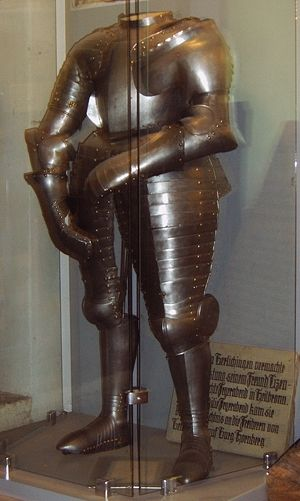 Götz von Berlichingen - The original armour worn by Götz von Berlichingen, on exhibit in the Hornberg museum.