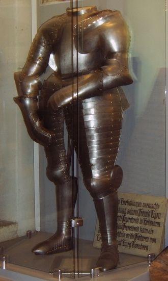 Götz von Berlichingen - The original armour worn by Götz von Berlichingen, on exhibit in the Hornberg museum.