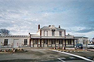 Gare de Dives-Cabourg - Dives-Cabourg's station building