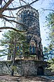 Garfield Monument right behind - Lake View Cemetery - 2015-04-04 (22424378681).jpg