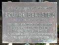 Gedenktafel Bozener Str 18 (Schön) Eduard Bernstein.jpg
