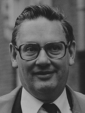 Gijs van Aardenne Dutch politician and businessman