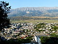 Gjirokastër - Blick über die Stadt 2a.jpg