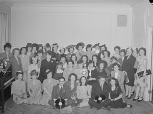 CBC Radio - Radio-Canada employees in 1945