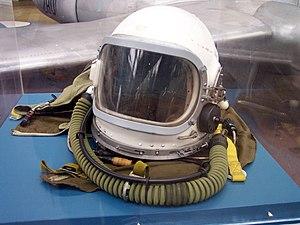 Flight helmet - Image: Gsh 6 pilot helmet