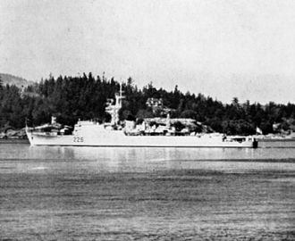 Type 15 frigate - Canadian type 15 conversion HMCS ''Crescent'' (DDE 226).