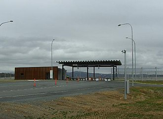 Headquarters Joint Operations Command (Australia) - Main entrance (500m gate)