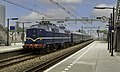 Halfweg NSM 1202 met trein 28200 naar Amsterdam (50870455053).jpg