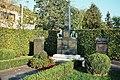 Hallbergmoos, Kriegerdenkmal.jpg