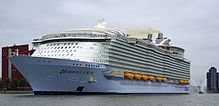 The world biggest cruise ship (2017)