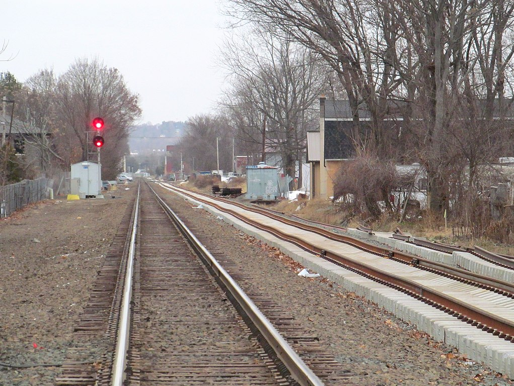 The Hartford At Work >> File:Hartford Line second track construction in ...
