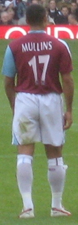 Hayden Mullins - Mullins playing for West Ham in November 2006