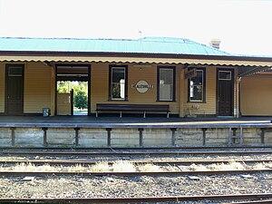 Healesville, Victoria - Image: Healesrailstation 07