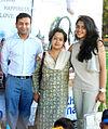Hemendra Aran,Gitanjali Sinha,Anya Anand From Starcast of 'Yeh Khula Aasmaan' flew kite (11).jpg