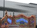 Herzog & de Meuron Bau in Basel, Fassade zur Herbstmess 2.jpg