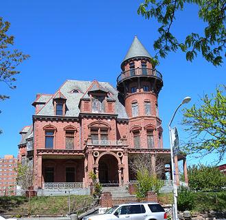 Krueger Mansion - The Krueger-Scott Mansion in 2010.