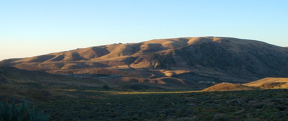 Convex hillslopes near Lebec, southern California, USA. Creep in the underlying soils has produced the rounded form of the hilltops.[citation needed]