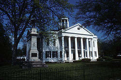 Hinds County Mississippi Courthouse.jpg