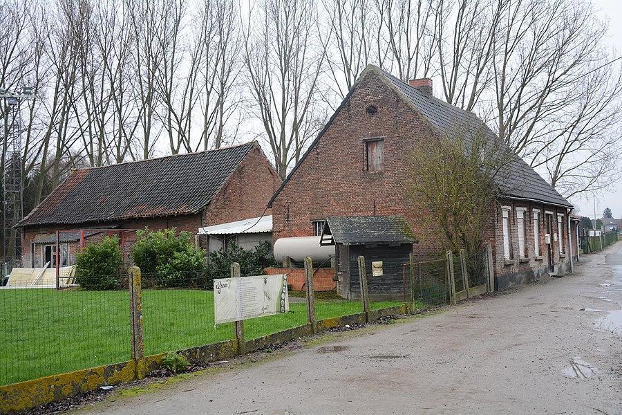 Hoeve, Hof-ter-Varentstraat 19, Lebbeke