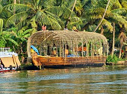 Houseboat making kerala.jpg