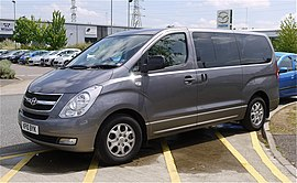 Hyundai i800 8 seater - Flickr - mick - Lumix.jpg
