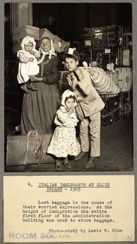 ITALIAN IMMIGRANTS (1905) ELLIS ISLAND NY