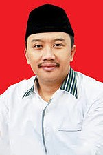 Imam Nahrawi as Minister of Youth and Sports Affairs.jpg